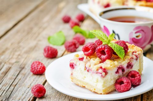Coconut cake with raspberries