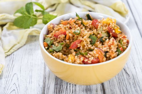 Exotic bulgur with vegtables and almonds